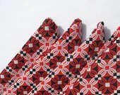 Red, Black, and White Geometric Cloth Napkins - TheGoodOleDays