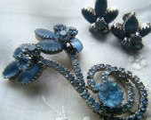 Vintage Brooch and Clip on Earrings Set - CaroleGCreates