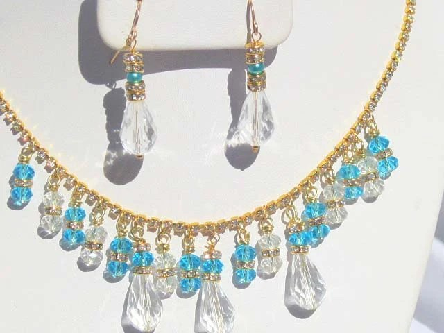 Vintage Style Crystal Bridal Necklace, Aquamarine and Gold Necklace, Artisan Jewelry