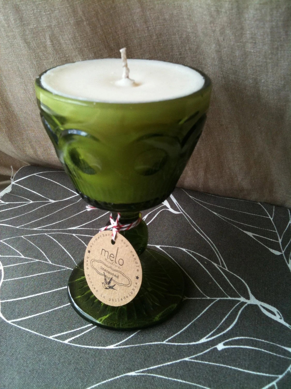 Vintage glass unscented soy candle - melostudios