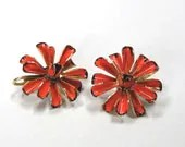 Hattie Carnegie ORANGE flower power earrings signed - RMSjewels