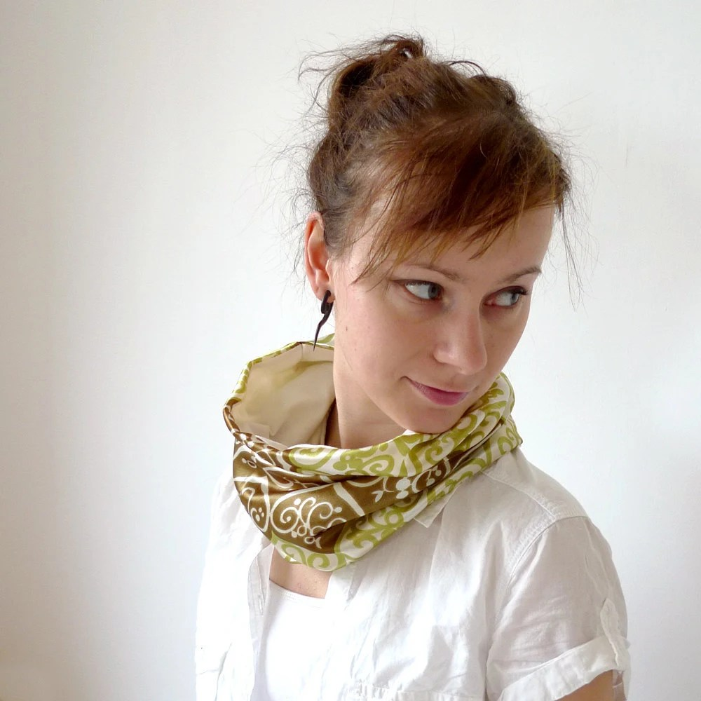 bohemian summer cowl - olive and pea green swirly folk heart pattern - 70s vintage scarf fabric lined with ivory jersey - summer fashion - Joik