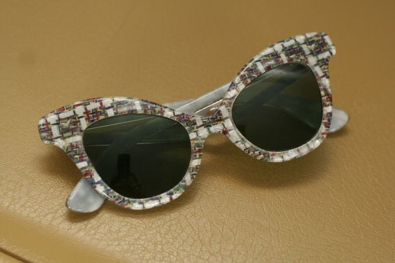 Vintage Fabulous Cat Eye Sunglasses