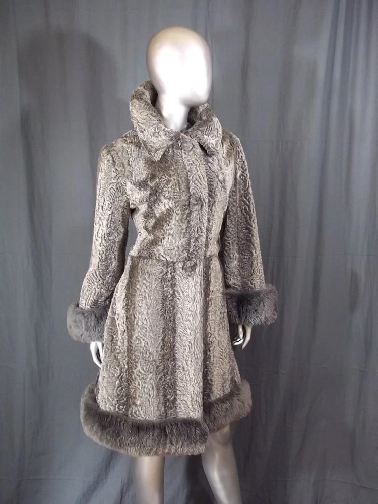 70s Faux Fur Coat SIlver Grey Mouton Fur Trim