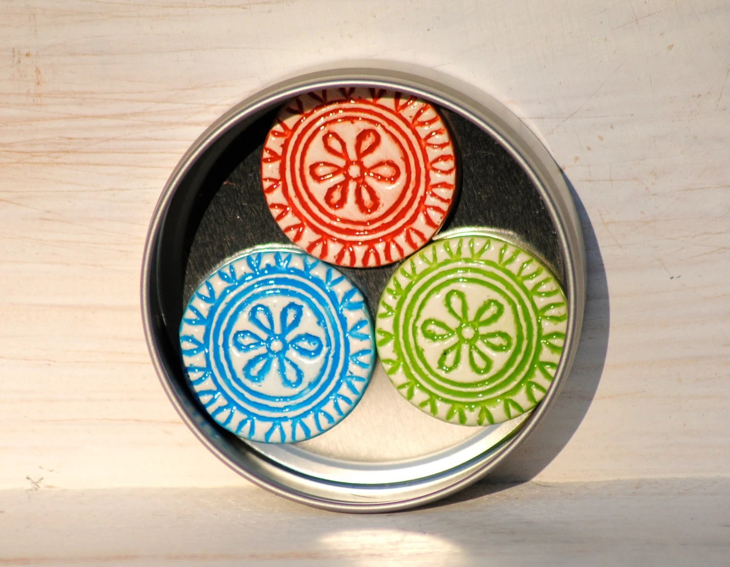 Flower Fridge Magnets in a tin Aztec Red Green and Blue magnets indian mandala