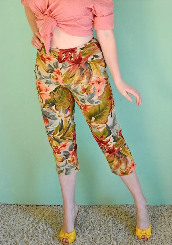 Cigarette Pants for Rockabilly Pinup Girls - Vintage Tropical Capris