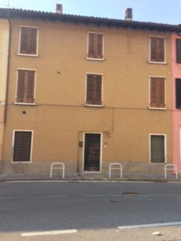 Casa Di Paese In Vendita In Via Roma 46 San Zeno Naviglio