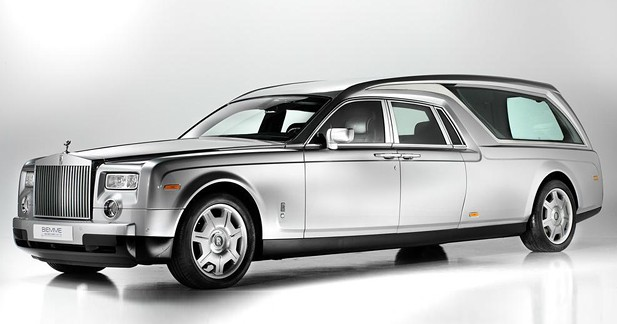 Insolite : une Rolls Royce Phantom pour votre dernier voyage