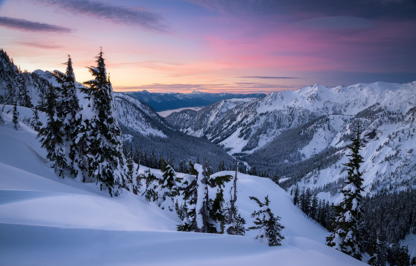 The bedroom has a queen bed. Wallpaper Winter Snow Trees Mountains Dawn Valley The Snow Washington The Cascade Mountains Washington State Cascade Range Artist Point Images For Desktop Section Pejzazhi Download