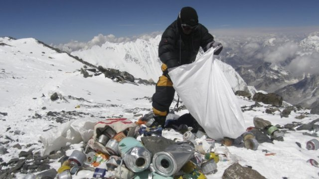 Mount Everest Garbage