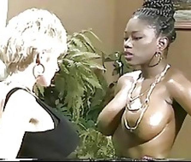 Free Huge Tit Lesbian Tubes