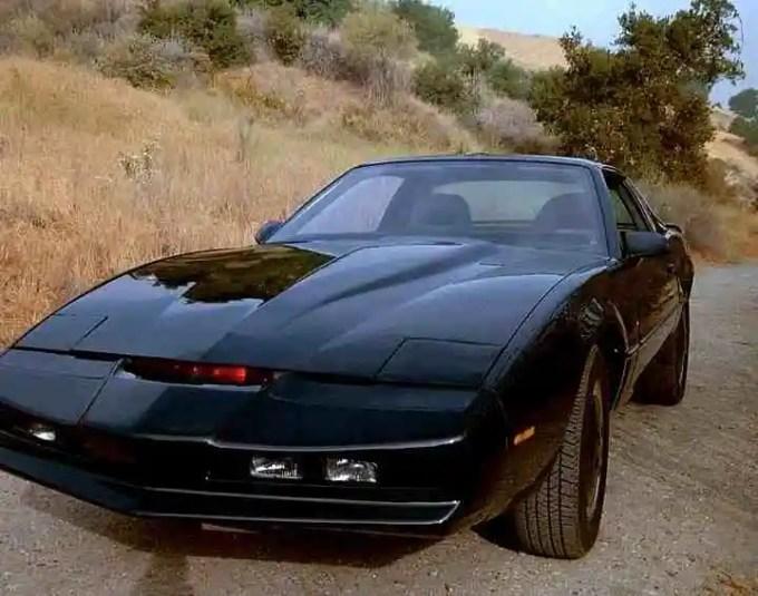 20621525687675100599810 - Así iban a ser los coches del futuro, según la ciencia-ficción