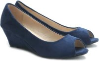 Solovoga Donge: Shoe