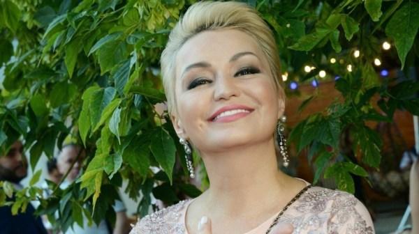 Катя Лель объявила себя целительницей