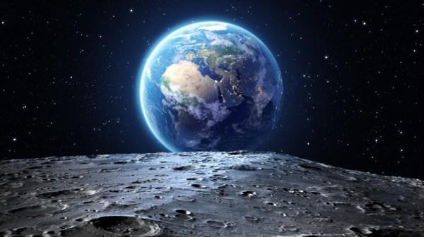 В РАН попросили отложить создание ракеты для полетов к Луне