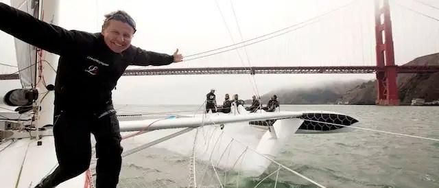 navegante - L'Hydroptère: el velero más rápido del mundo no surca el mar sino vuela