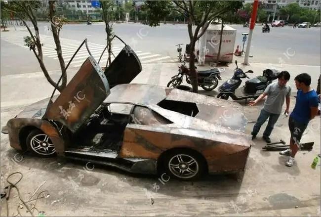 32583451 - Chino Entusiasta construye Lamborghini Reventon