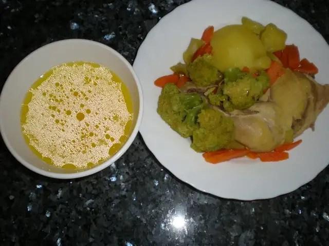 Muslos de pollo con brócoli