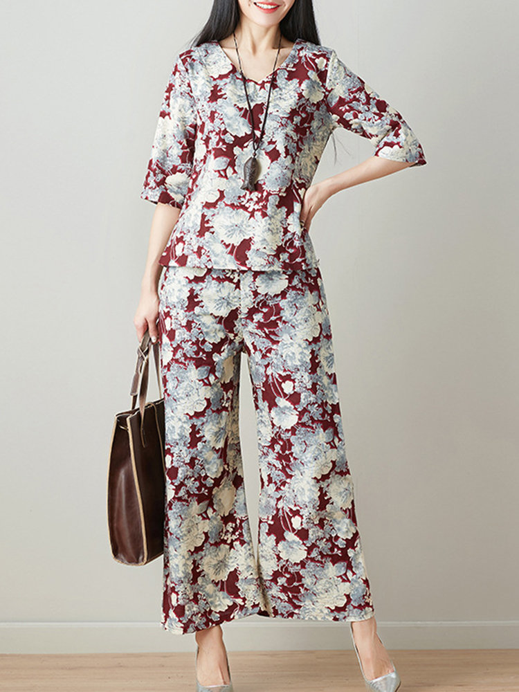 Best Elegant Printed Tops Two-piece Outfits for Women You Can Buy