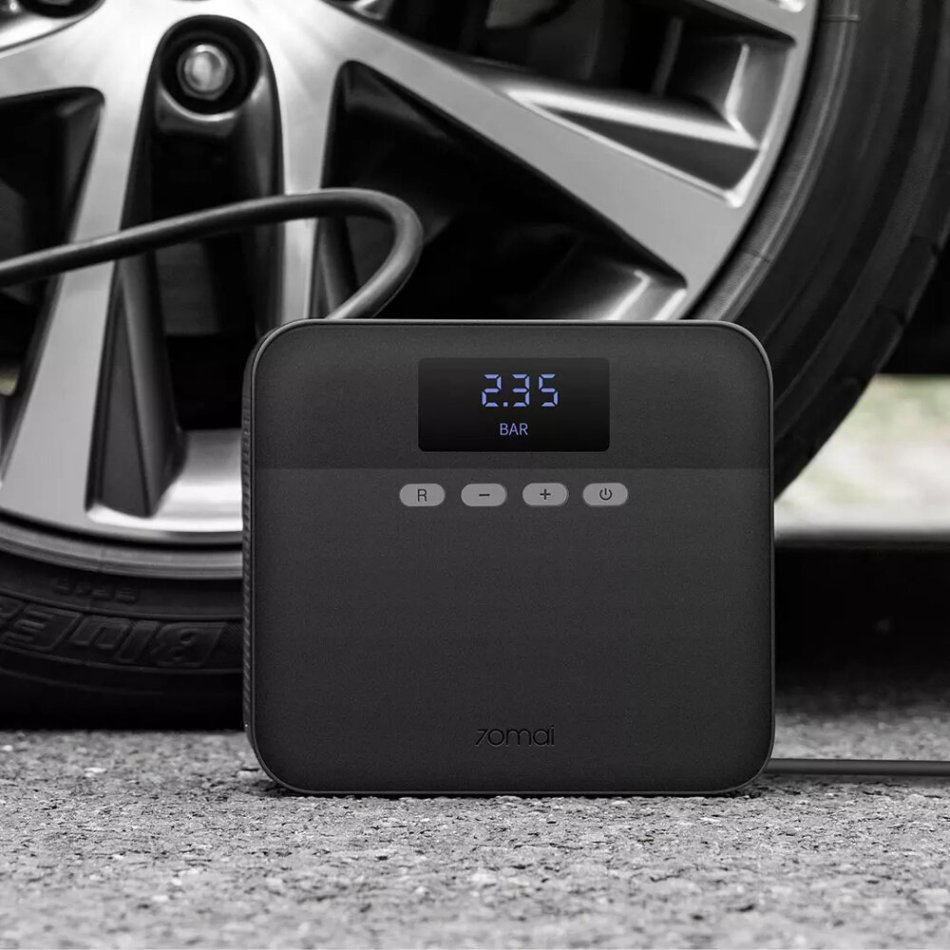 70mai 12V Portable Car Tire Inflator Digital Display Air Pump Compressor Black Youth Version from Xiaomi Youpin