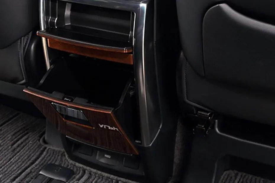 Alphard 2.5 g rp 1.219.850.000 Toyota Alphard 2021 Harga OTR, Promo Juli, Spesifikasi & Review