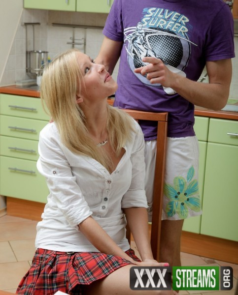 Ariana – Anal fucking with a sassy college girl (DollsPorn/WTFPass/HD)