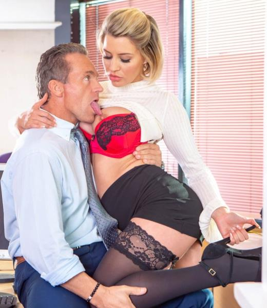 Sienna Day – Fucks Her Boss In The Office (Private.com/2018/FullHD)
