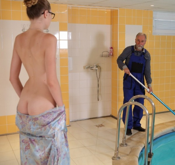 Ilona C – Fresh babe and old pool boy (2018/Old-n-Young.com/TeenMegaWorld.com/SD)