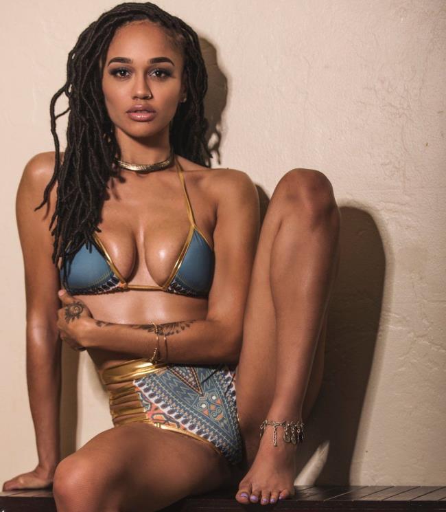 Julie Kay – Nubian Goddess (KellyMadison/2019/HD)