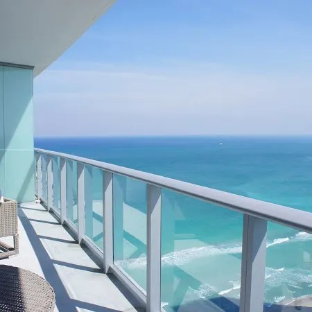 2 Bedroom Apartment On The Beach