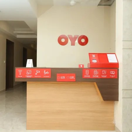 Oyo 17356 Cute Orange Service Apartments