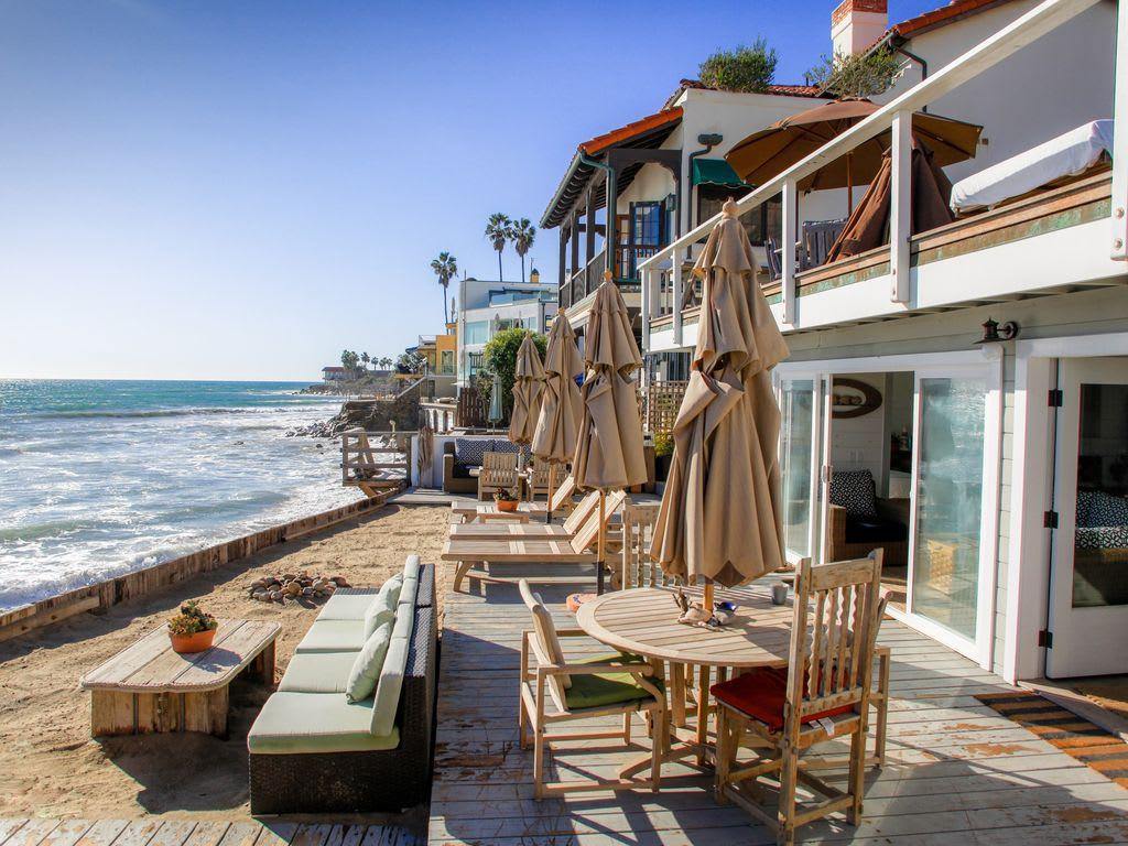 Scopri le offerte per shabby chic flat monte mario, incluse le tariffe completamente rimborsabili con. House Apartment Other Shabby Chic Malibu Beach House Ocean Level Winter Specials Malibu Trivago Com