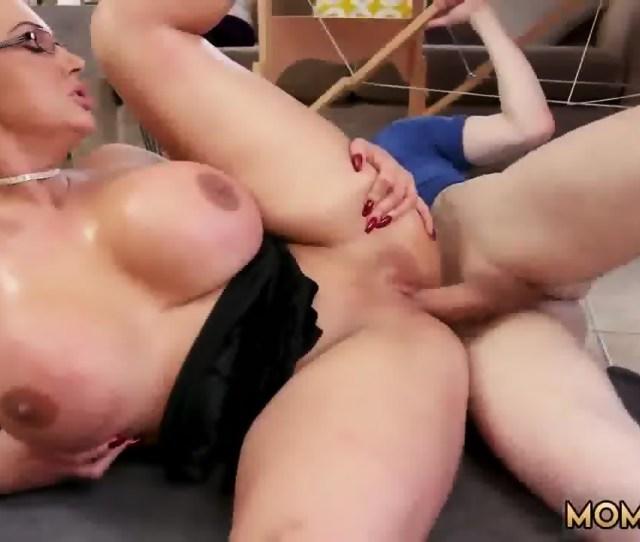 White Big Tit Girl Big Tit Step Mom Gets A Massage Scene 4