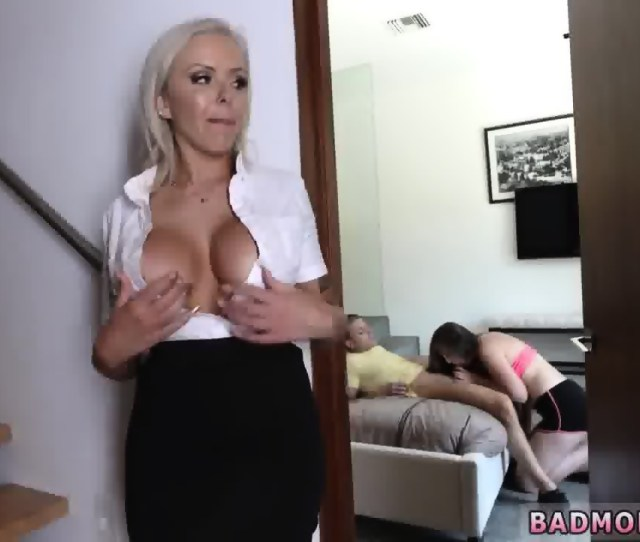 Hd Porn Milf And Playfellows Mom Helps Put On Condom Xxx A Mother Compeer S Daughter