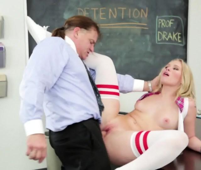 Schoolgirl Loves Hardcore Sex Scene 10