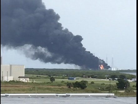 A Falcon 9 Rocket Just Blew Up on SpaceX's Launchpad in ...