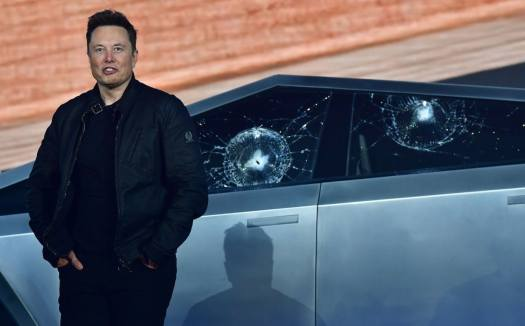As Tesla's splashy product launches pause, Elon Musk ...