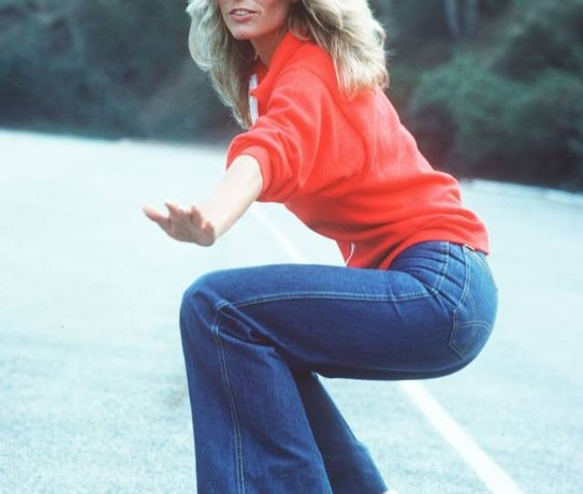Farrah Fawcett Was The Babe Of 1970s Mainstream Pop Culture And Since The Charlies Angel Had An Athletic Booty Fit Butts Were In And Slight Curves