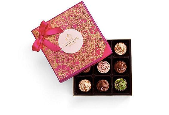 Godivas Cupcake Inspired Chocolate Gift Box For Valentine