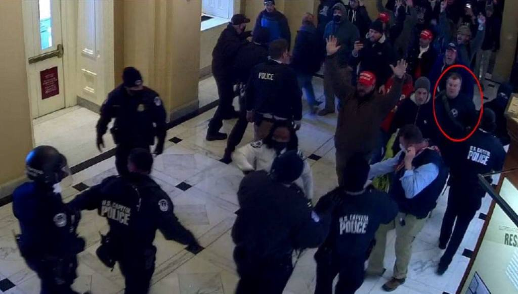 Feds bust Capitol rioter after a grandma gossip chain identifies him as a January 6 insurrectionist