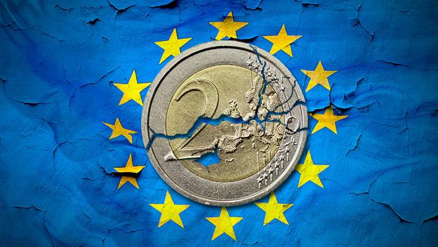 Muss der Euro weg, damit die EU gerettet wird? (Bild: thinkstockphotos.de, krone.at-Grafik)