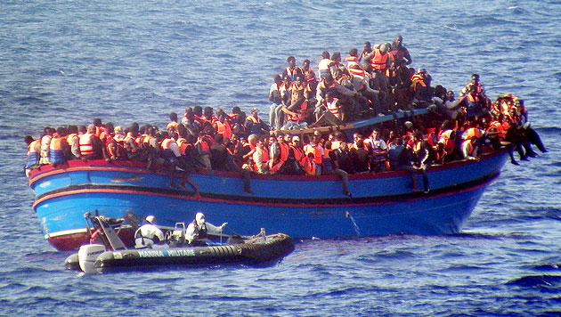 Muslimische Flüchtlinge warfen Christen ins Meer