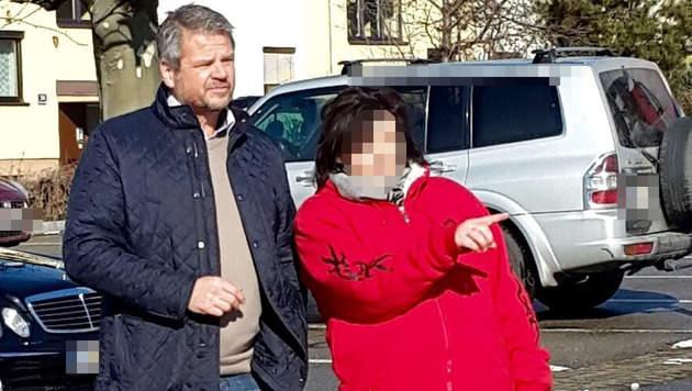 Barbara Sch. mit Ex-Bürgermeister Gerhard Köfer (Bild: KK)