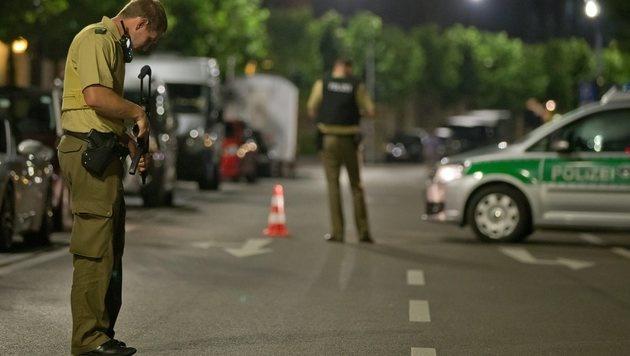 Explosion im bayrischen Ansbach - ein Toter (Bild: EPA)