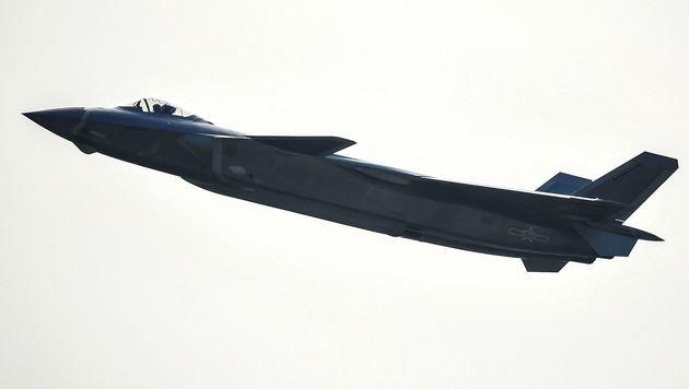 Tarnkappen-Kampfjet J-20 (Bild: APA/AFP/STR)