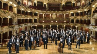 New Year's concert with attitude towards Italian life – Krone.at
