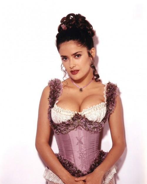 Salma-Hayek-Sexy-Corset-in-Wild-Wild-West-6.md.jpg