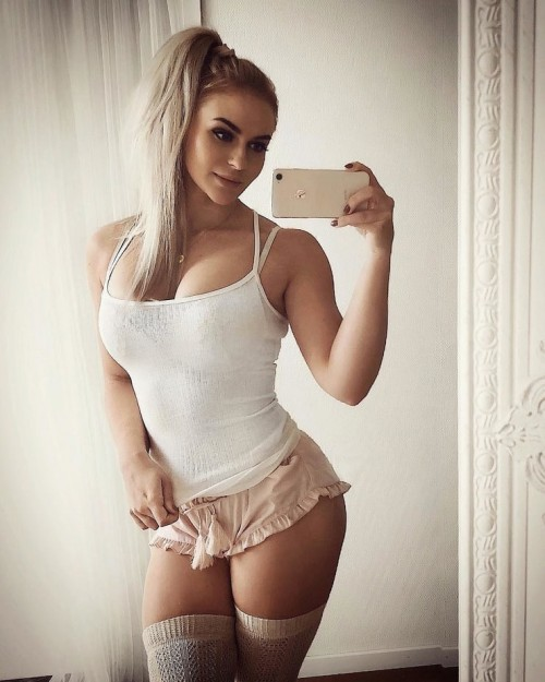 Anna-Nystrom-sexy-Pictures-10.md.jpg