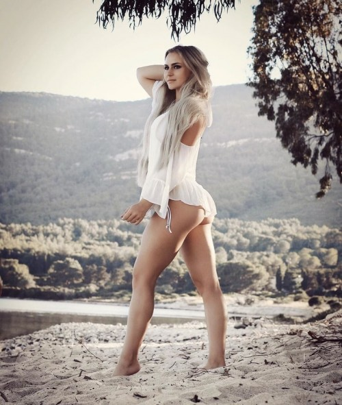 Anna-Nystrom-sexy-Pictures-11.md.jpg