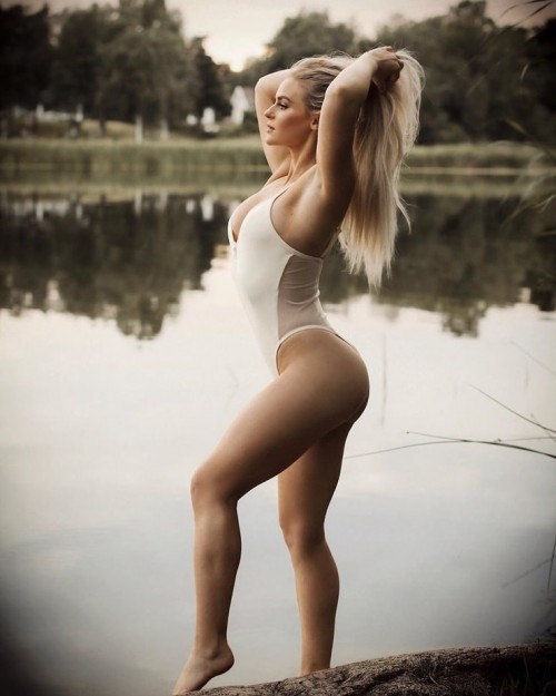 Anna-Nystrom-sexy-Pictures-6.md.jpg